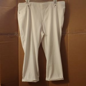 Women's Time & Tru White Capri Pants, XXL (20)